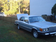 DRIVE A GERMAN MERCEDES turbo diesel 300 sd the big body $2250 firmed